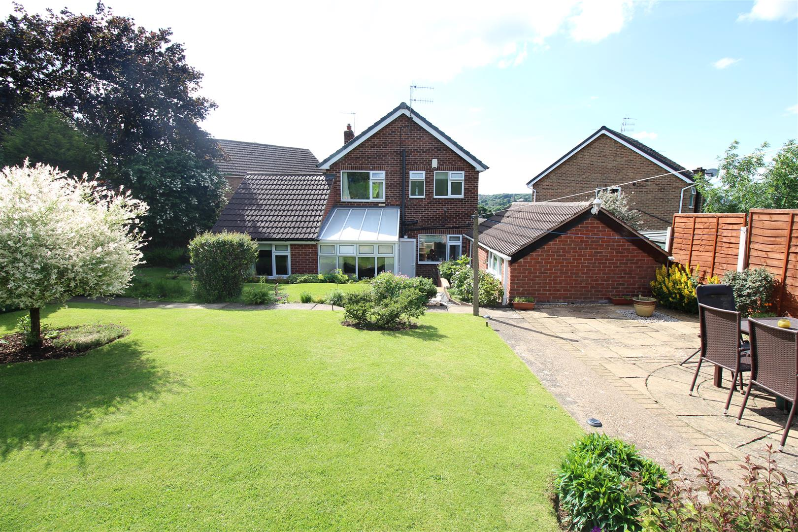 4 Bedrooms Detached House for sale in Moorland Avenue, Stapleford